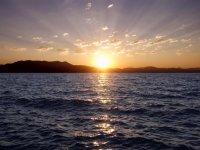 壮观的日落。