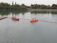 Navegando en kayaks triplaza