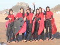 Nuestras mejores surfers después de la clase