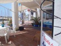 带底部港口的露台aquatours阿尔梅里亚