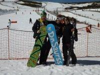 escuela de snowboard en la covatilla