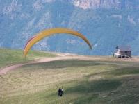 Ready to flight in a paraglide in Castejon de Sos