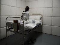 Paciente en la cama del pabellon 4