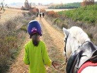 Nina y su pony