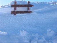 Logo该Morredero欢迎滑雪车站便道