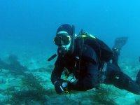 Submarinista sumergido en el el Cabo de Gata