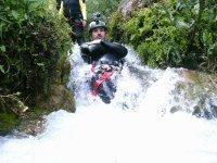 Scivolando nel fiume