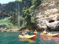 Navegando en los kayaks