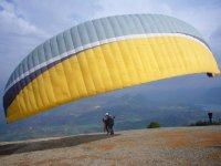 The moments before taking off with the paraglider