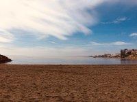 Orilla de la playa en Aguadulce