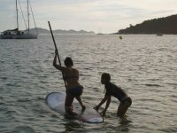 Preparing the paddle surfing route