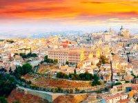 Toledo con las luces del atardecer