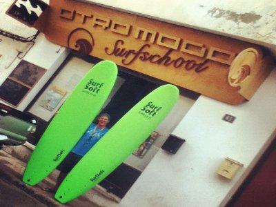 Escuela de Surf Otro Modo Campamentos de Surf