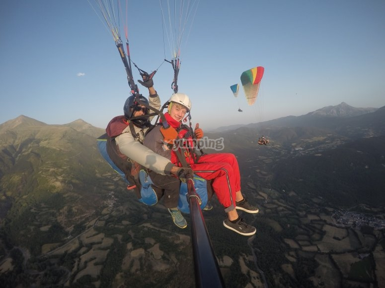 Paraglider lessons in Castejón de Sos