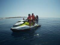 Compartiendo ruta en moto nautica