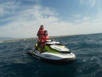 Pareja en moto de agua en Almerimar