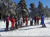 Aprende a progresar por la nieve con esquís
