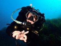 Buceador profesional en el Mediterraneo