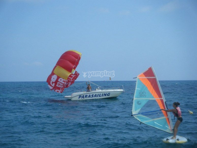 Speedboat and parasail