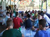 Comedor en el campamento