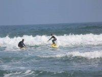 atraviesa las olas