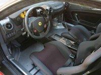 Habitaculo del Ferrari