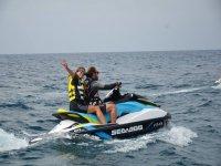 Salida en motos de agua con amigos