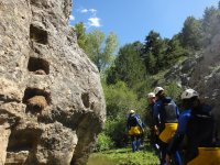 Rodeando el macizo de roca