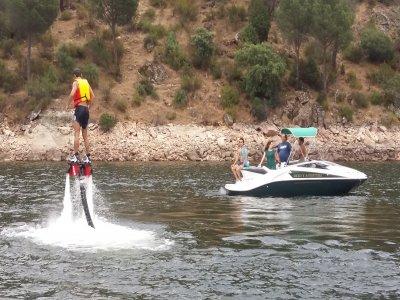 Ocio y Aventura en el Pantano de San Juan Flyboard