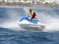 兰萨罗特岛的水上摩托车