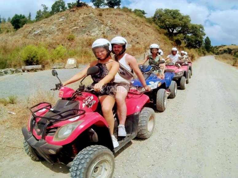Excursion en grupo en quad por Mijas