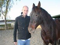 Director con caballo