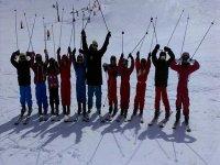 alumnos del curso de esqui