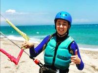 Alumna de la escuela de kite de Mojacar
