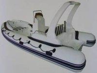 Nuestras embarcaciones a motor