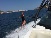 Getting familiar with water skiing