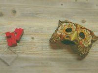 Mask and loose parts