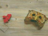 Masks and loose parts