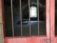 Dark confinement