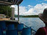 享受船上的景观