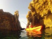 Kayak sull'isola di Colom