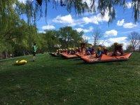 Preparandose en las canoas en Estella