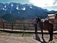 Vista del Cadi con el caballo