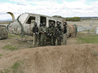 Tematic Paintball Adrenalicia Team Building