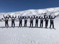 Divertido día de esquí en Sierra Nevada