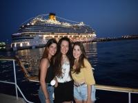 小船和夜总会马略卡岛