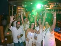 马略卡岛庆祝活动的朋友