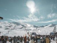 Haciendo snowboard en Sierra Nevada