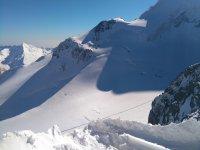 Cima nevada de la sierra granadina