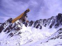 Siente la emoción con el snowboard
